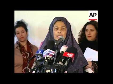 Woman leads Muslim Friday prayers