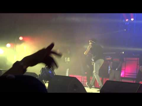 Wiz Khalifa ft Juicy J-MIA Live