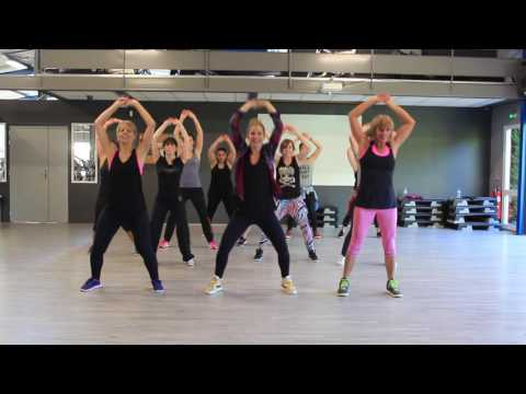 "Warm up Zumba ""Justin Timberlake/Madcon ""choreo by Steffi ( France )"