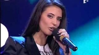 Antonia feat tom boxer-morena