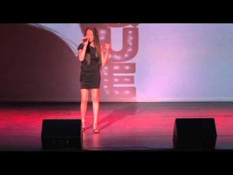 LaToja  Valkenswaard - Mini show Burlesque - Liliana Azevedo