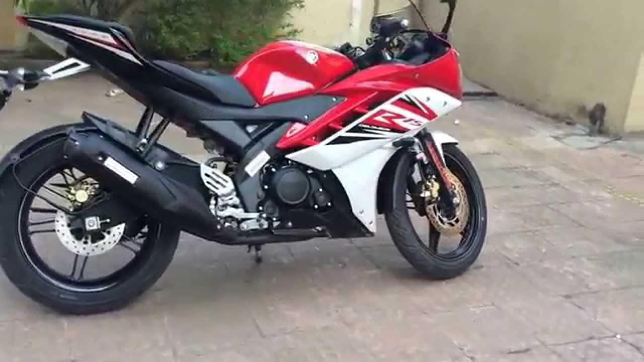 R15 V2 Red And White Yamaha YZF R15 ...