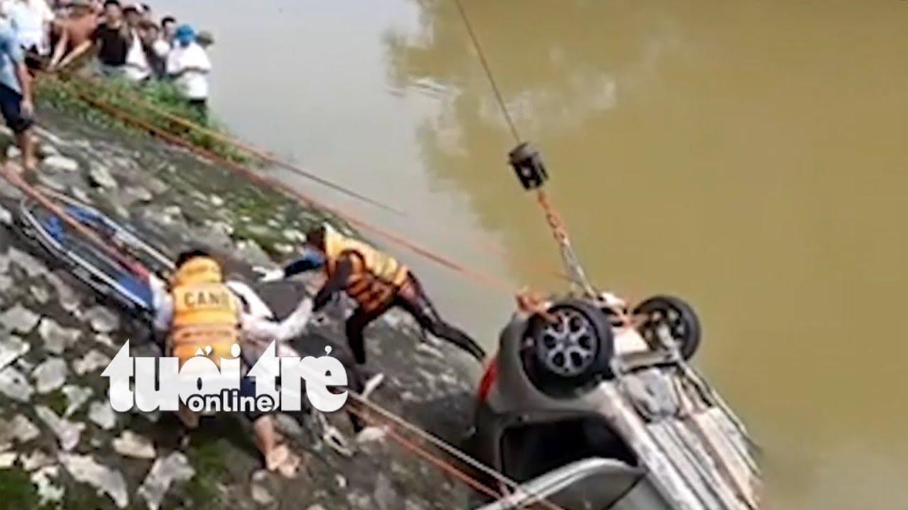 Ô tô lao xuống sông - May mắn tìm thấy thi thể tài xế