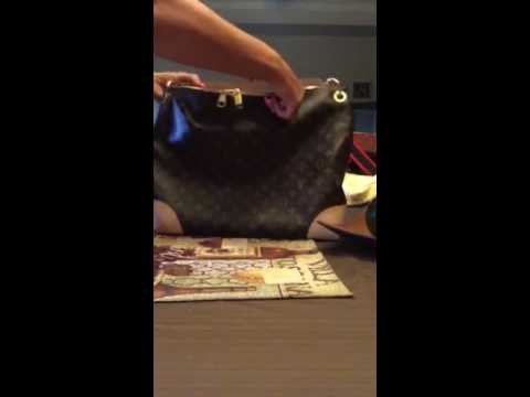 e6b54de17513 Louis Vuitton Berri MM - YouTube