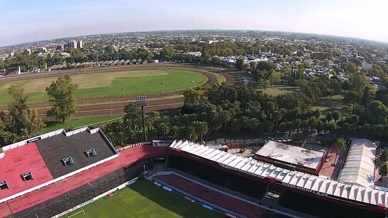 Estadio newells desde el aire youtube for Puerta 6 estadio newells
