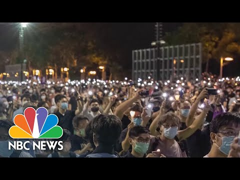 Hundreds Gather In Hong Kong To Commemorate Anniversary Of Tiananmen Square Massacre | NBC News NOW