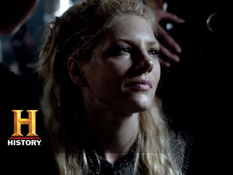 Download Vikings: Lagertha and Bjorn are Welcomed Home (Season 2, Episode 5)   History