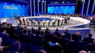 Лукашенко: я склонен к тому, что новую Конституцию нам придется принимать