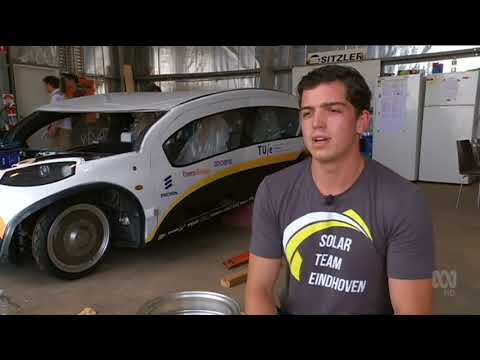 World Solar Challenge: delays put pressure on defending team