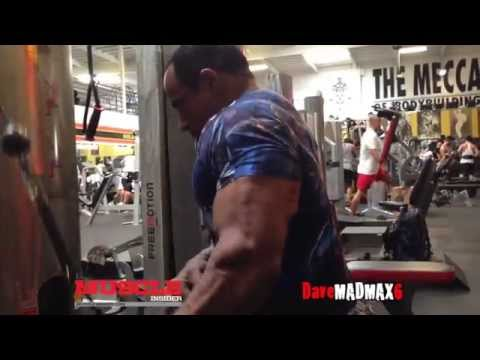 Omar Deckard trains arms 3 weeks out from the Ferrigno Legacy