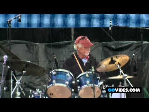 """7 Walkers Perform """"King Cotton Blues"""" at Gathering of the Vibes Music Festival 2012"""
