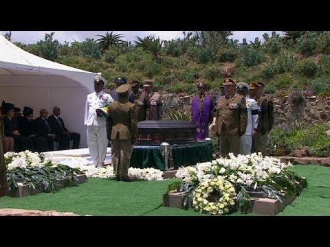Dernier adieu à Nelson Mandela à Qunu