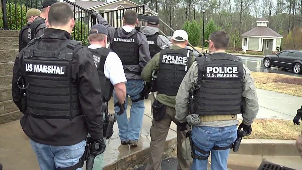 u.s. marshals  U.S. Marshals Fugitive Task Force - YouTube