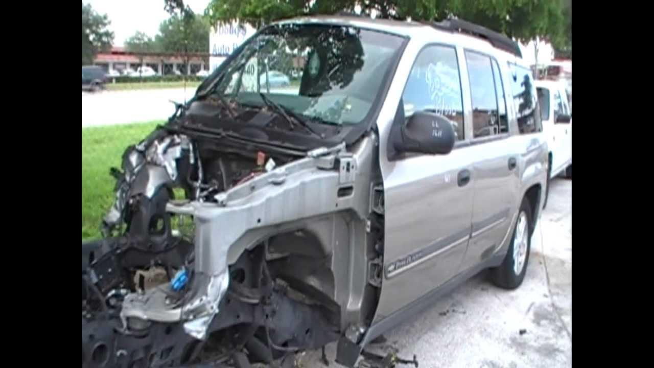 "Wrecked: 2002 Chevy TrailBlazer EXT (129""-WB) 4.2L I-6 2WD ..."