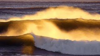 Sintra. Начинается прилив Атлантического океана. Португалия