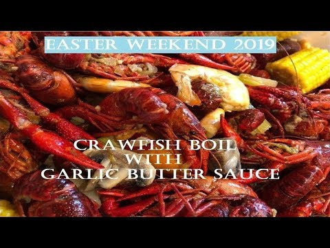 Crawfish Boil With Garlic Butter Sauce