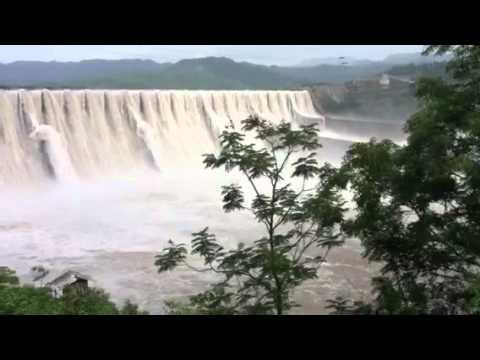 The sardar sarovar dam on Narmada river over flow