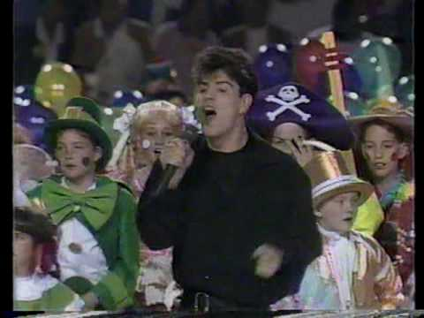 New Kids on the Block 1991 Superbowl Half-time