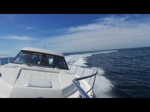 Riviera 44 Sport Yacht Running For Home