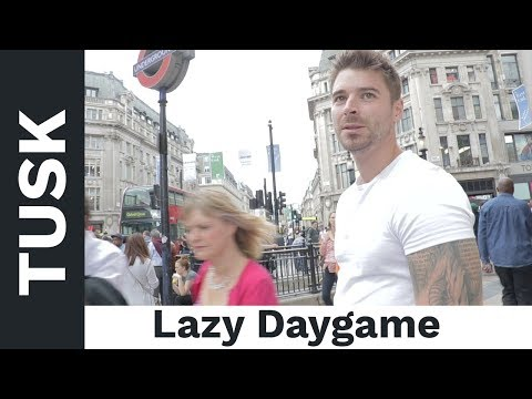 The Worst Daygame Video Of All Time...Daygame Tricks, Mindsets and Time Killings ;-)