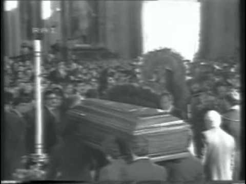 Molto I funerali di Eduardo De Filippo - parte 3 - YouTube DJ56