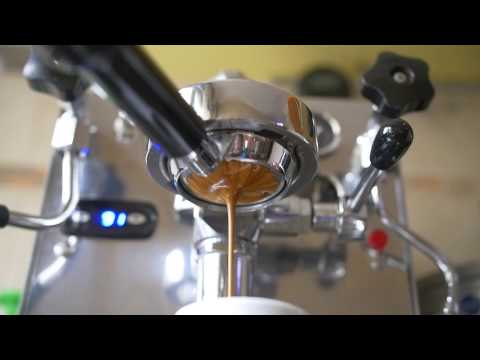 Espresso in Slow Motion cu blend-ul Black de la Hedone