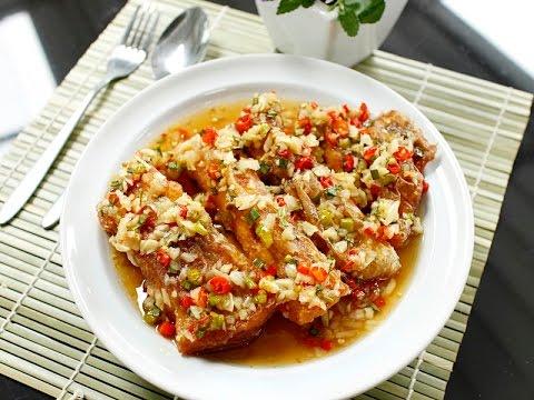 """อิ่มอร่อย สบายๆ สไตล์มิตรผล เมนู """"ปลาทอดราดซอสพริกกระเทียม"""""""