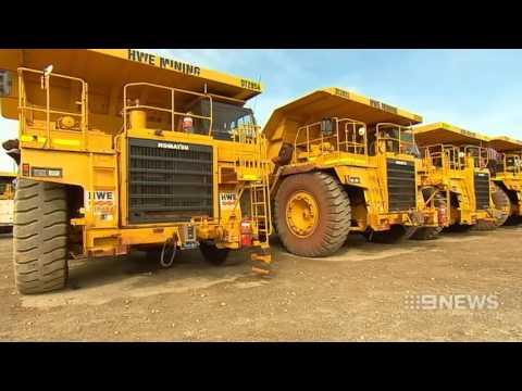 Mega Sell-Off | 9 News Perth