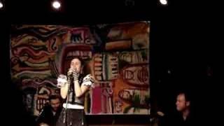 Ana Cañas - Carente Profissional