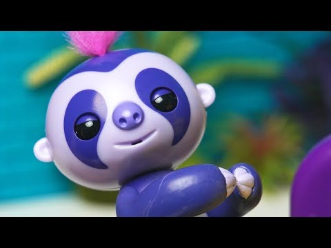 The Fingerlings Show | Who Wants To Be A Fingerling? Toys Compete And Scare Gigi