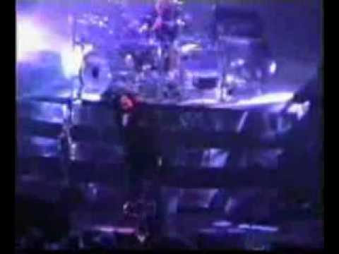Korn - Alone I Break (Live The Joint, Las Vegas, NV November 13,2002)