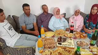 أختكم خديجة فرحان وفرحتها كبير كملت مياة ألف أجيو تشاركو معان الفرحة💃💃💃