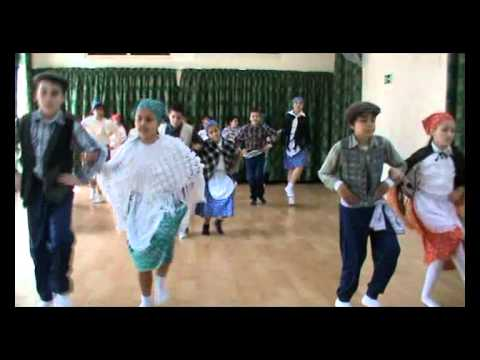 Maltese folk dance.wmv