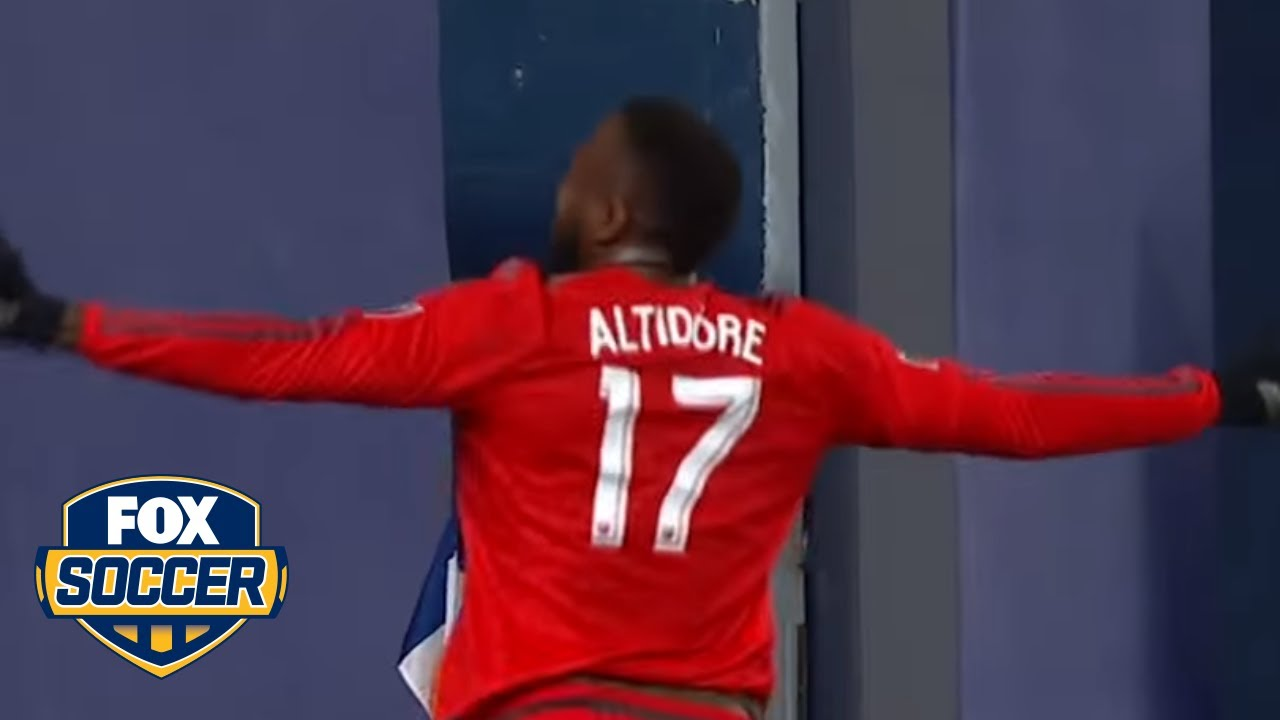 Jozy Altidore's goal lifts Toronto FC to MLS Cup win over Seattle Sounders