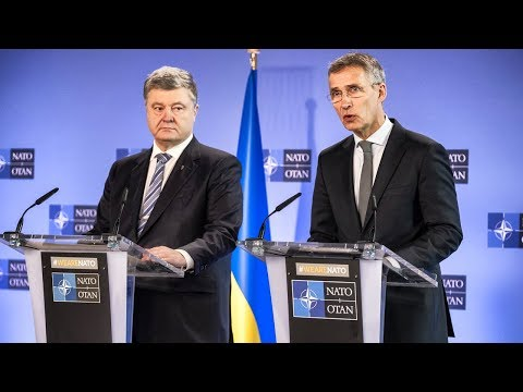NATO Secretary General with President of Ukraine Petro Poroshenko, 13 DEC 2018