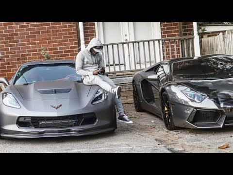 Ralo Shows Off Over $500,000 While Flying On a Private Jet!