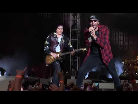 Avenged Sevenfold full set at AT&T Stadium. WorldWired tour. 05/16/17.