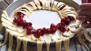 Raspberry Cream Cheese Crescent Ring