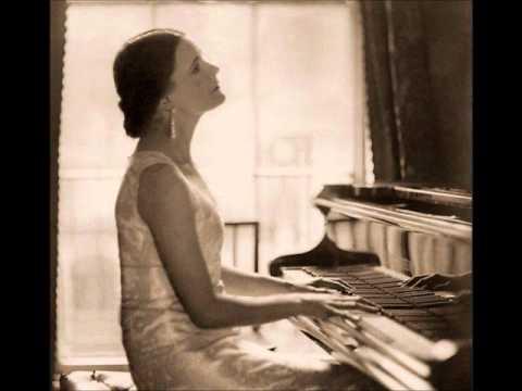 Harriet Cohen - Bach: Preludes & Fugues in C# major & C# minor