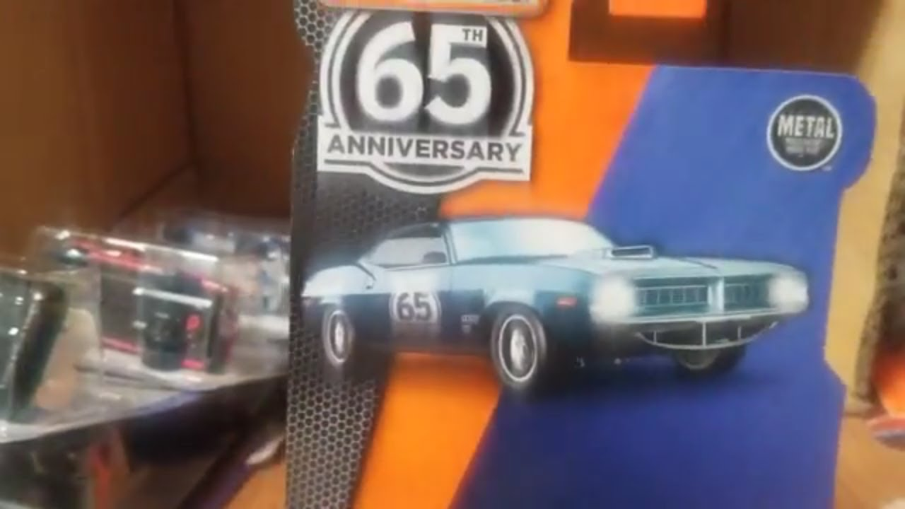 2018 Plymouth Cuda >> Matchbox 2018 N case unboxing Sapphire Plymouth cuda ?? - YouTube