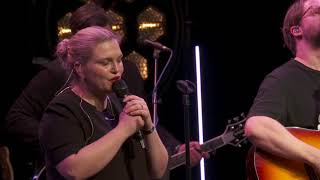 Download Video Kyrie Eleison - Live Vineyard Worship [taken from Fill Us Again] feat. Susanne Courtney MP3 3GP MP4