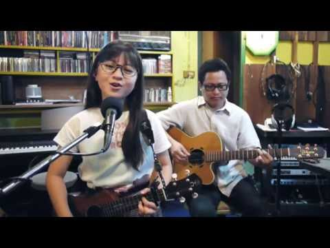 Meghan Trainor- All About That Bass - Live & Acoustic Cover by Gail Sophicha 10 Years.น้องเกล