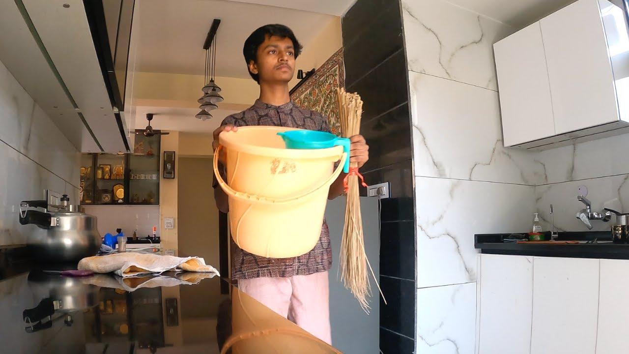 Lockdown me Jhadoo lagana bhi seekh liya - Rishav Vlogs