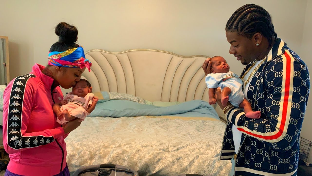 Download The Twins Finally Came Home For The First Time!