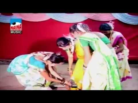 Pivale Rangachi Sadi @ Aanand Gharat, Sarita Patil, Aakash Gharat | Koligeet