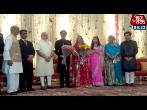 Modi In Digvijay Singh's Son's Wedding