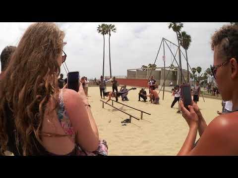 Venice Beach Vücut Ağırlığı İle Spor