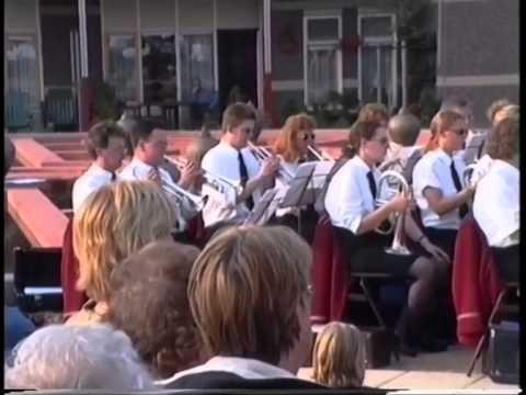 concert  in tuin bij dr jenny 1999