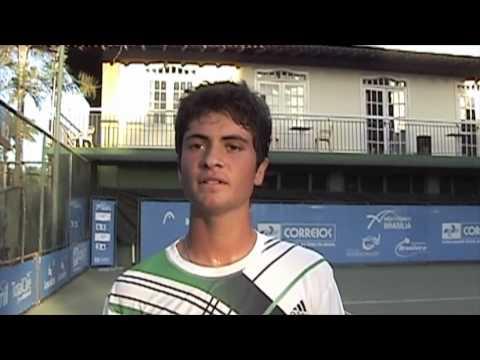 Pedro Dumont derrota o favorito dos 16 anos