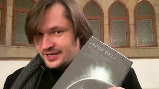 Nina Hagen bekommt den Film Epos Dei geschenkt